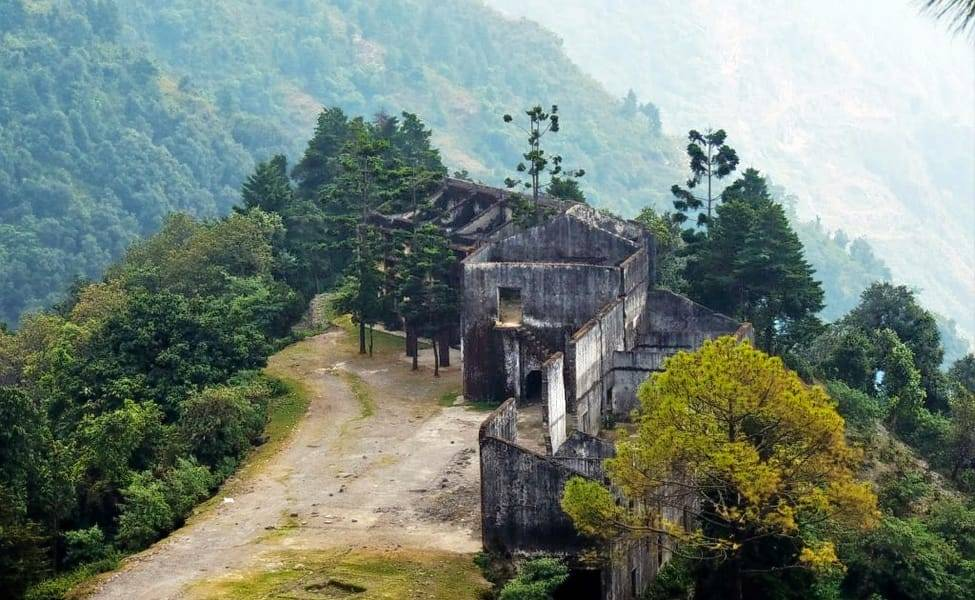 35 Haunted Places in India: #1 You Can't Visit Alone at Night!